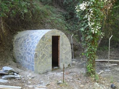Destrucción del entorno del manantial de La Trocha (Benarrabá)